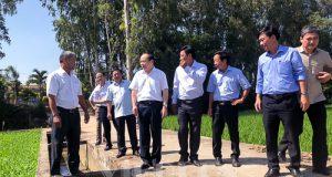 Chủ tịch Nguyễn Ngọc Bảo làm việc với HTX Tân Bình, Đồng Tháp