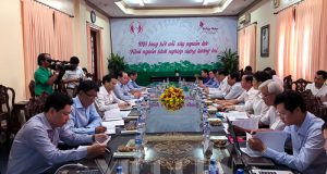 Chủ tịch Nguyễn Ngọc Bảo làm việc với UBND tỉnh Đồng Tháp về tình hình KTHT, HTX
