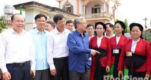 Đồng chí Trần Quốc Vượng, Ủy viên Bộ Chính trị, Thường trực Ban Bí thư thăm và làm việc tại huyện Lục Ngạn (Bắc Giang)