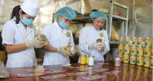 Nữ giám đốc của HTX chuyên sản xuất `vàng ròng` thu tiền tỷ mỗi năm