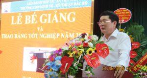 Phó Chủ tịch Lê Văn Nghị dự lễ bế giảng Trường Cao đẳng Nghề Kinh tế – Kỹ thuật Bắc Bộ